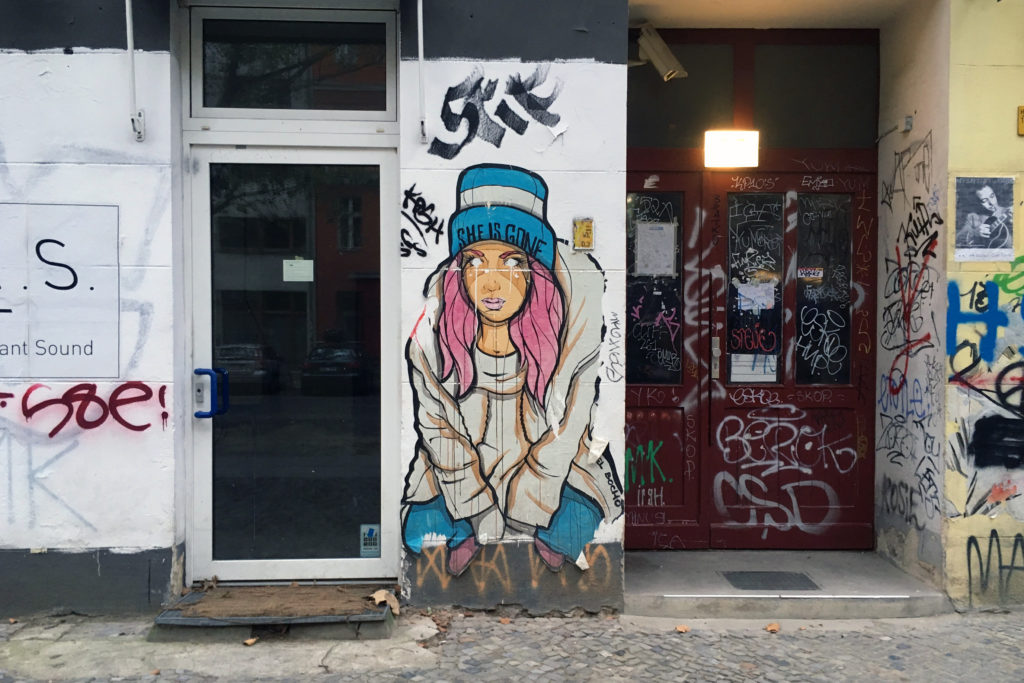 "Berlin Streetart: ""She is gone"""