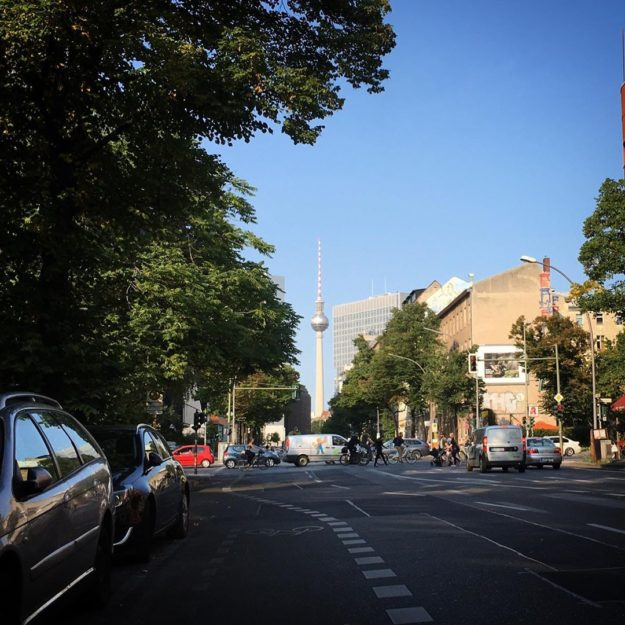 Lindenstrasse, Kreuzberg – Blick auf Fernsehturm